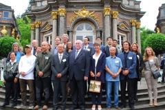 Gruppenbild mit der Oberbürgermeisterin Brigitte Merk Erbe